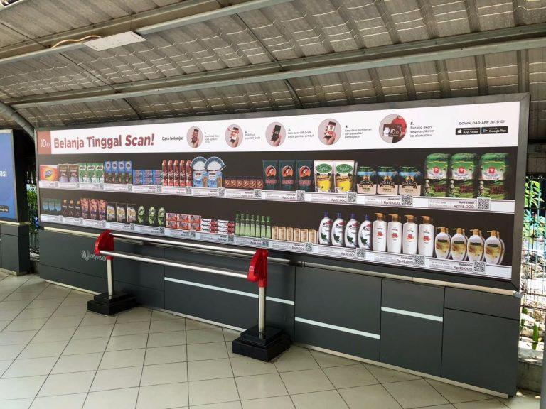 Di sembilan Stasiun Kereta Ini, JD.ID Tempatkan Supermarket Virtual Berbasis QR Code