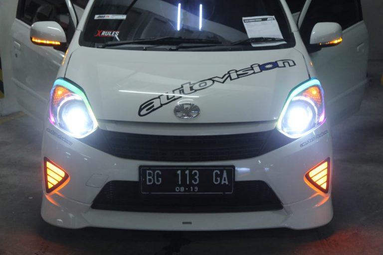Toyota Agya Ini Raih Poin Terbaik, Sabet Gelar Champion Autovision AutoLightUp 2018 Palembang