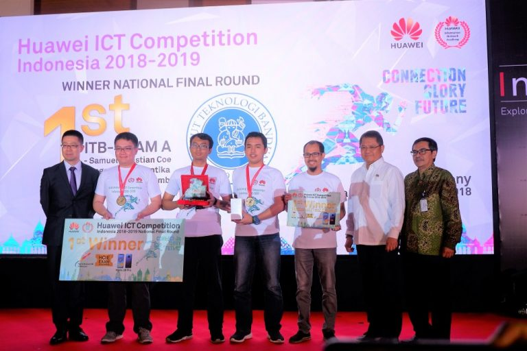 Mahasiswa ITB Menangi Kompetisi TIK Huawei Pertama di Indonesia