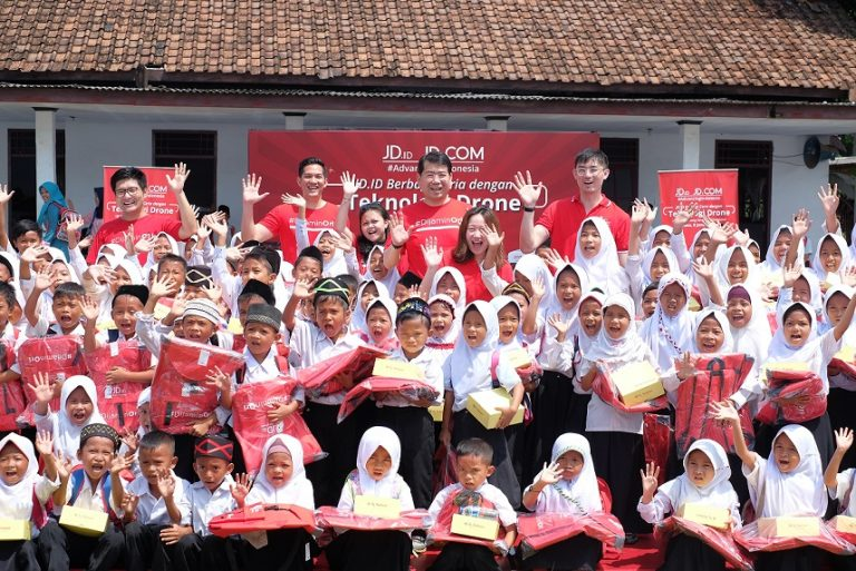 Selamat! JD.com Mengumumkan Penerbangan Drone Resmi Pertama di Indonesia