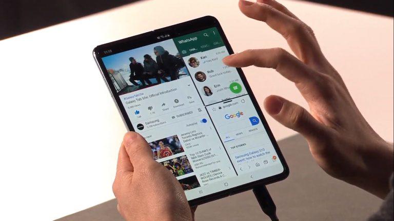 Samsung Galaxy Fold, Samsung Mulai Bermain di Smartphone Layar Lipat