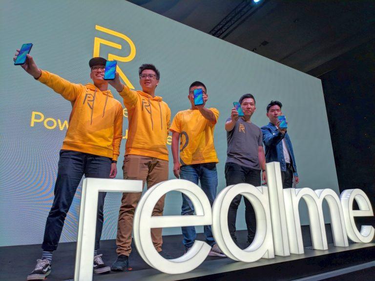 Target Pengguna Muda, Realme 3 Jagokan Baterai Besar, Kamera Kaya Fitur, dan Pastinya Harga Terjangkau!