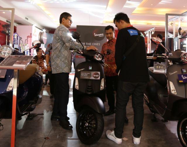 Vespa Sprint Notte Edisi Terbatas Menjadi Sajian Utama Piaggio Indonesia di IIMS 2019