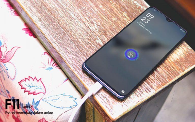 Belum Tergoda Kamera Tersembunyi F11 Pro? Oppo F11 Kini Sudah Tersedia!