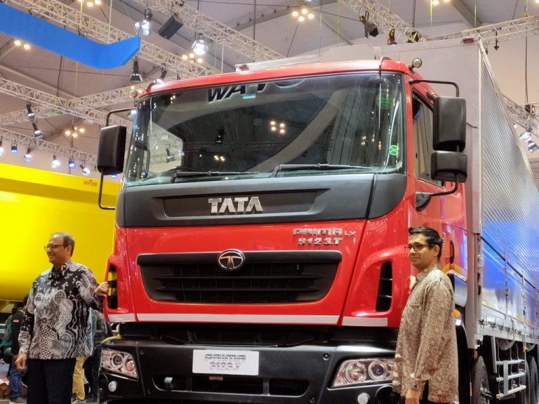 Luncurkan Prima 3123.T 8×2 Seharga Truk 6×2, Tata Motors Bidik Pasar Logistik Indonesia