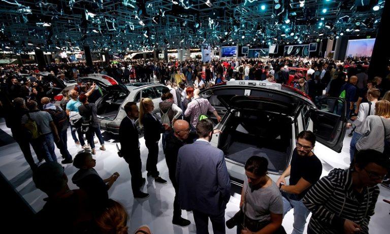 Sejumlah Dealer Jadi Korban Vandalisme, Frankfurt Auto Show 2019 Perketat Keamanan