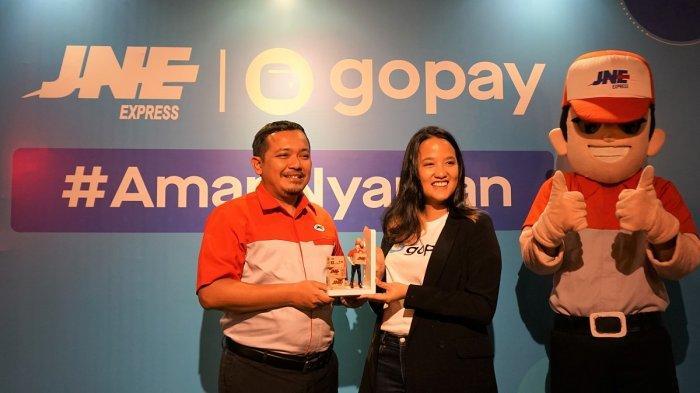 Kini, Pelanggan JNE Bisa Pakai GoPay sebagai Alat Pembayaran