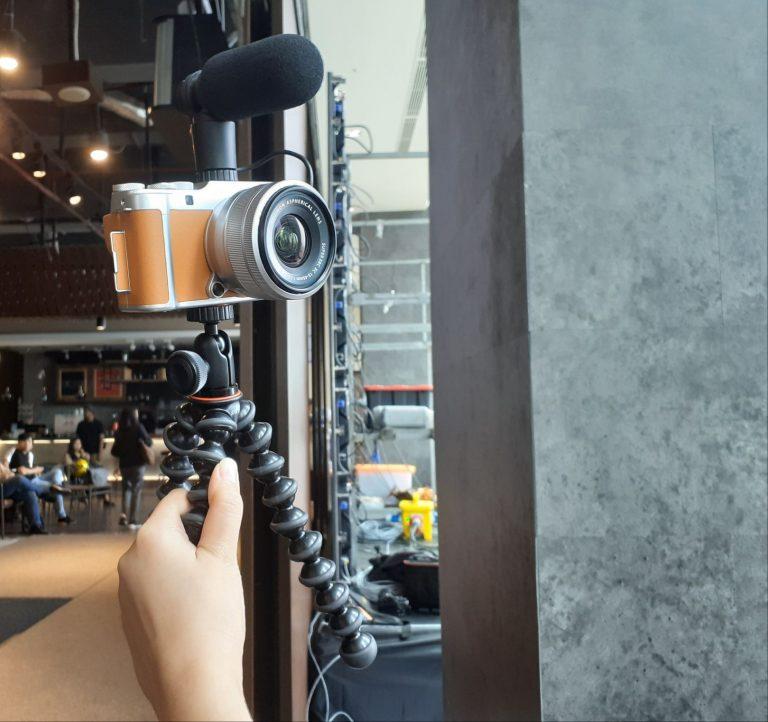 """Canggih dan Ringkas, """"Smart Mirrorless"""" FujiFilm X-A7 Resmi Hadir di Pasar Indonesia"""
