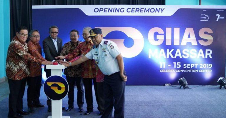 GIIAS Makassar 2019 Resmi Dibuka, Pamerkan Teknologi Otomotif Terbaru Selama 5 Hari ke Depan