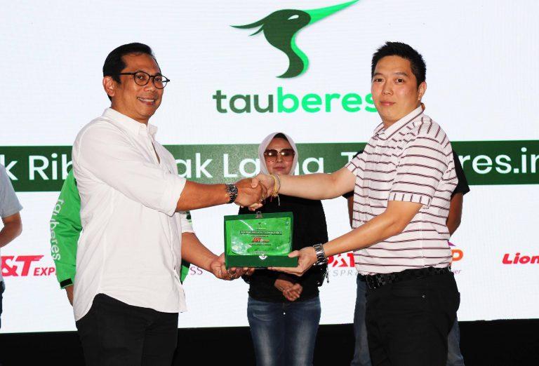 Dukung e-Commerce di Indonesia, J&T Express Jalin Kolaborasi dengan Aplikasi Tauberes