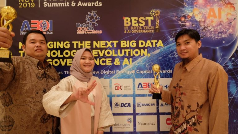 Lintasarta Raih Dua Penghargaan Best IT & Data Tech Governance