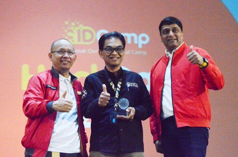 Indosat Ooredoo Umumkan Pemenang Kompetisi Hackdata Pertama di Indonesia