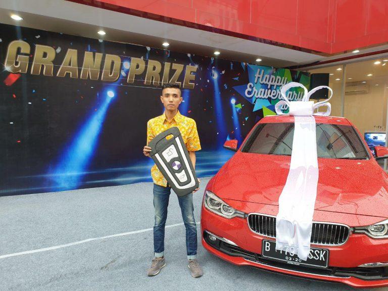Ikuti EraVersary, Pria 'Hoki' Asal Solo Bawa Pulang BMW 320i Luxury