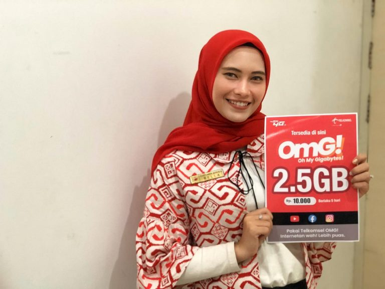Jaringan 4,9G Telkomsel Kawal Perayaan Cap Go Meh 2020 di Singkawang