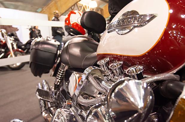 Digerogoti Corona, Harley-Davidson Pecat Staf dan Potong Gaji Pimpinan Eksekutif