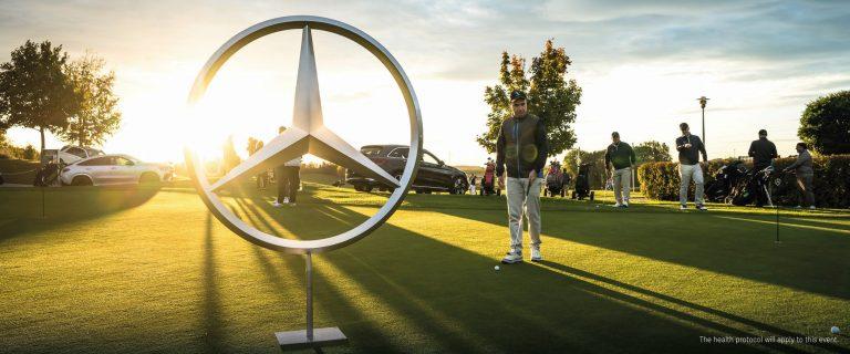 """Bisa Sambil Main Golf, Mercedes-Benz Tarik Minat Pelanggan Lewat Kegiatan """"Swing & Drive with Mercedes-Benz"""""""