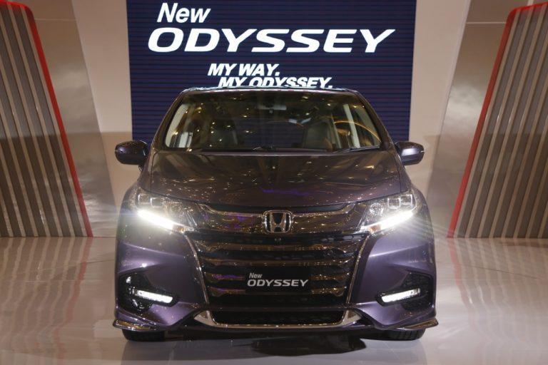 Transformasi Menjadi Premium Van, Dahulunya Honda Odyssey Mobil Shuttle Keluarga