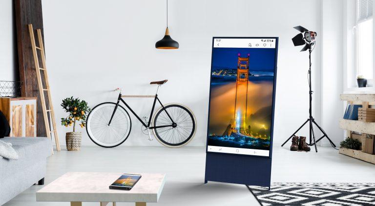 Samsung Bergulat dengan Tantangan Saat Mendesain TV Layar Rotasi Pertama di Dunia, The Sero