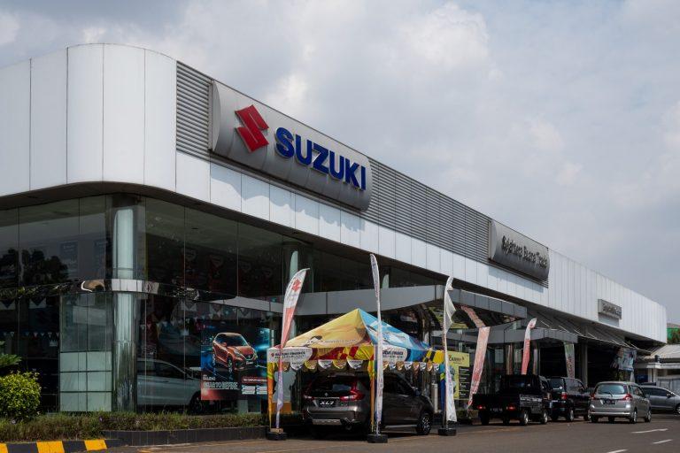Rayakan Hari Kemerdekaan RI, Suzuki Bagi-Bagi Logam Mulia Hingga Sepeda Motor