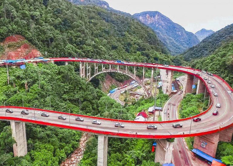 Lakukan Touring ke Bukit Tinggi, Komunitas Wuling Almaz Indonesia (WALI) Nyetir 20 Jam Non Stop