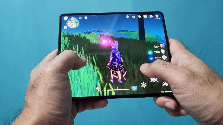 Main Game Apapun di Galaxy Z Fold3 5G Sangat Menyenangkan