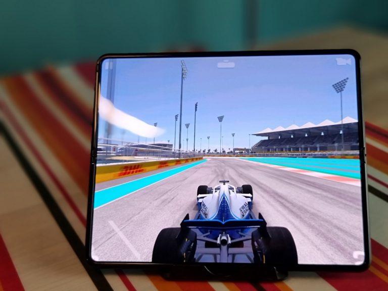 Lebih Nyaman Dimainkan, Game-game Ini Tampil Full di Layar Utama Galaxy Z Fold3 5G